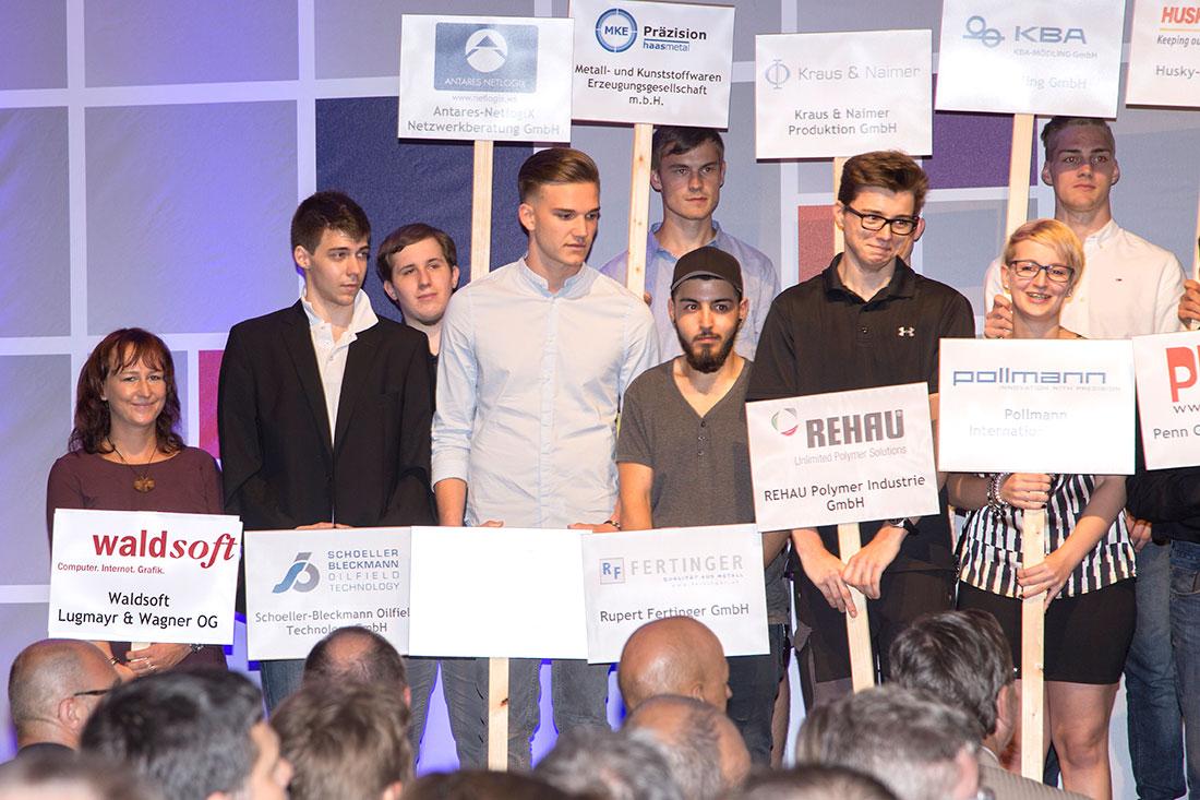 Lehrlingswettbewerb Industrie 4.0 - Tanja Gattringer bei der Urkundenüberreichung, Foto waldsoft